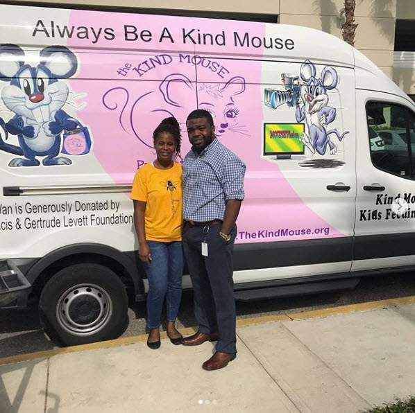 Pick up food donations for Kind Mouse